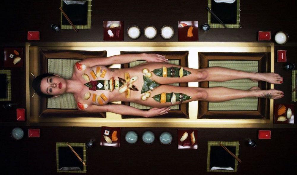 ーーーーー❖超レア画像ww女体盛りされちゃう外国人ポルノエロ画像wwwww 27 119