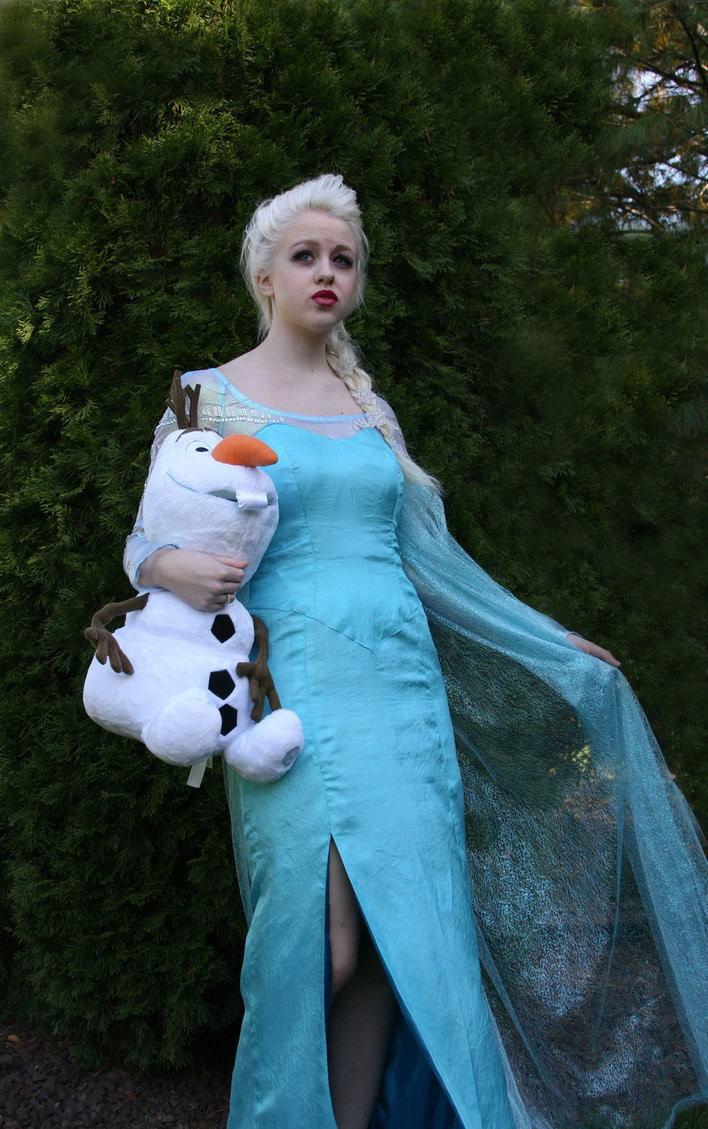【アナ雪コス】アナと雪の女王 エルサのコスプレ姿がエロすぎる外国人ポルノエロ画像www 32 90