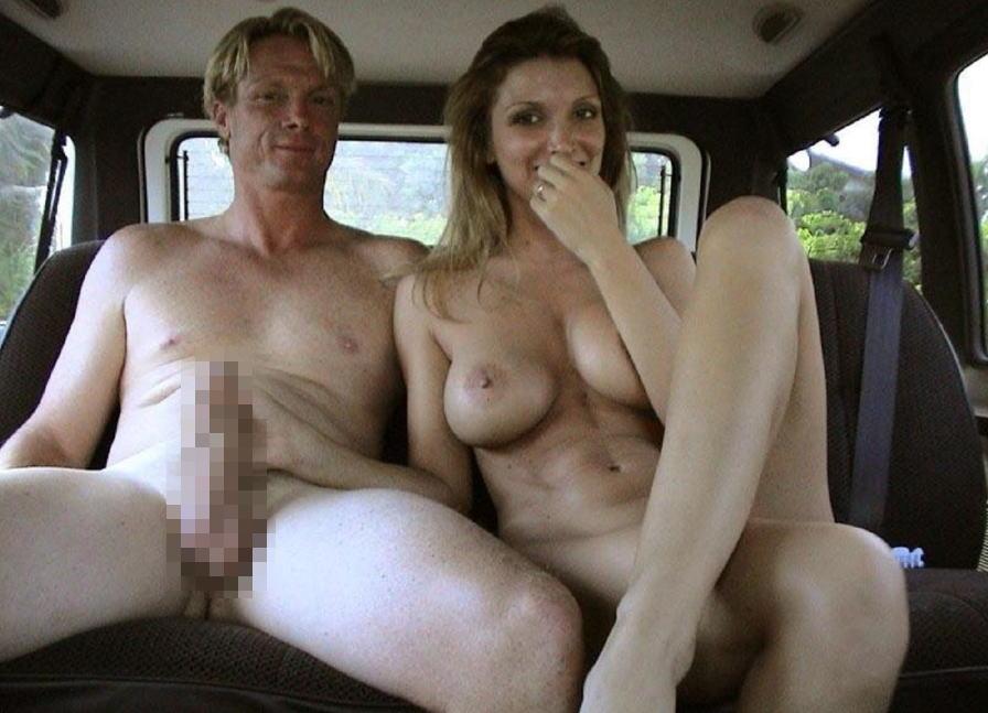 これヤバwwwーーー❖もろ見せジャンw変態外国人が車の中で全裸で見せつけw絶対事故ルナwwwww 33 79