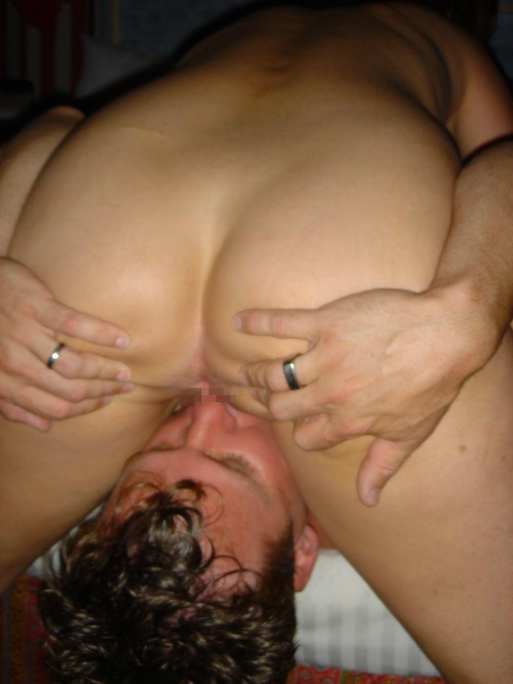【顔面騎乗位】『Oh~YES!!YES!!』自分んオマンコクリトリス男の顔騎でこすって絶頂しちゃう外国人ポルノエロ画像wwwwwww 34 1