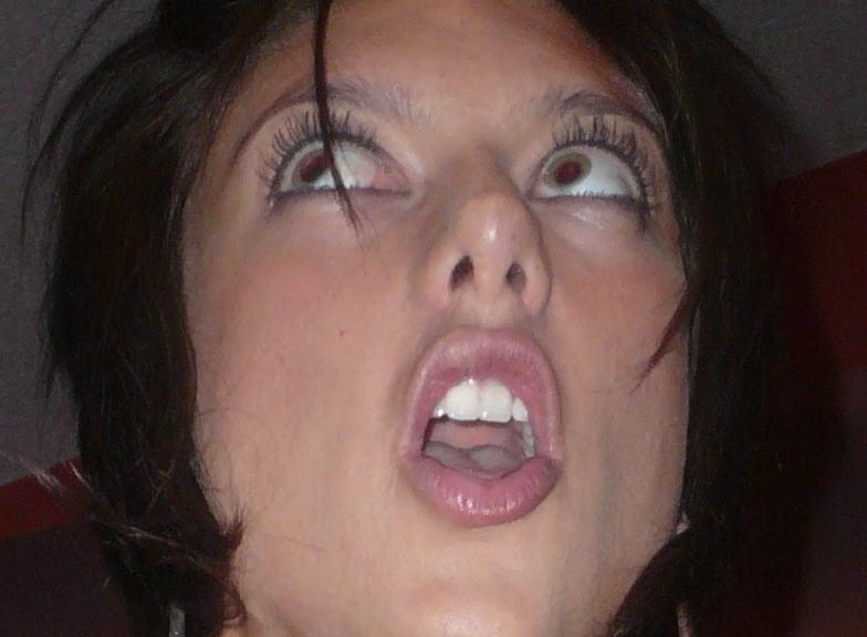 【アへ顔連発!洋物エロ画像】『イグゥ!イグゥ!イグゥ~~』豪快に絶頂イキまくりの世界の美女たちが最高やんwwwwww 34 2