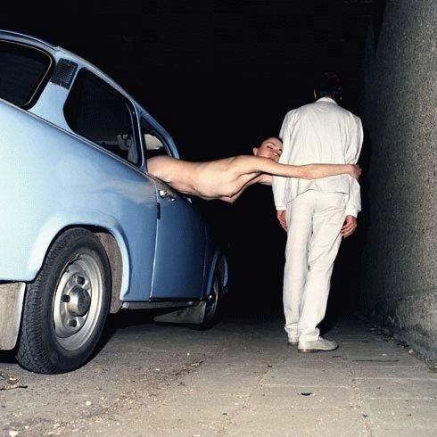 これヤバwwwーーー❖もろ見せジャンw変態外国人が車の中で全裸で見せつけw絶対事故ルナwwwww 34 78