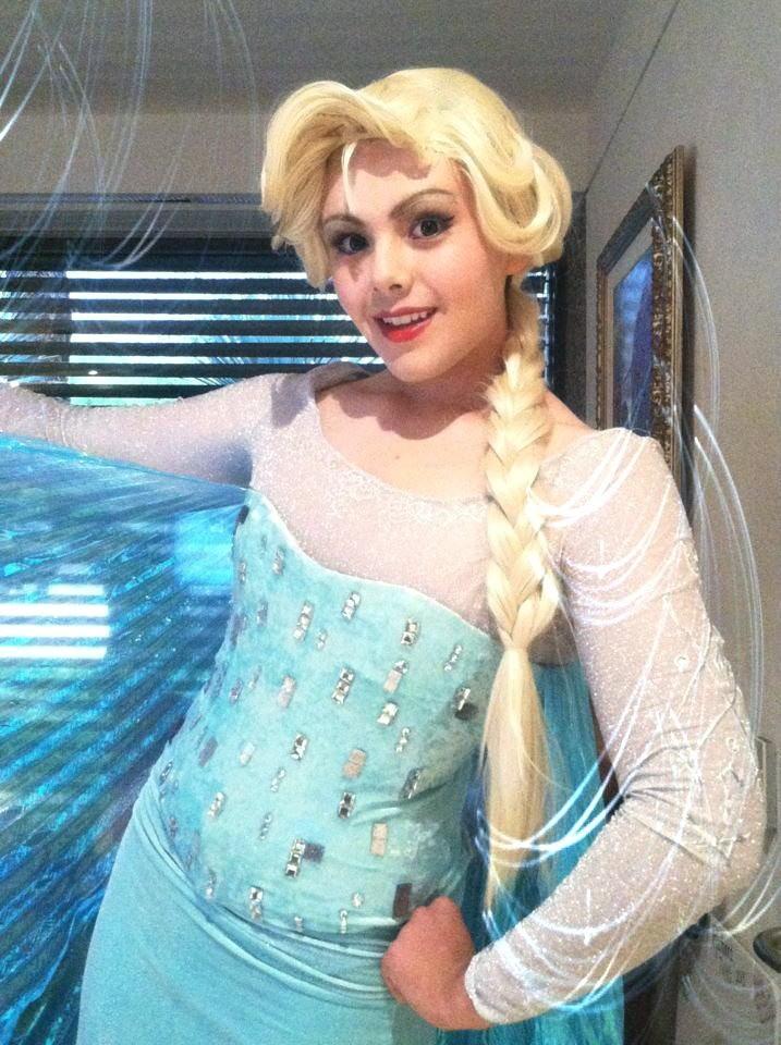 【アナ雪コス】アナと雪の女王 エルサのコスプレ姿がエロすぎる外国人ポルノエロ画像www 5 110