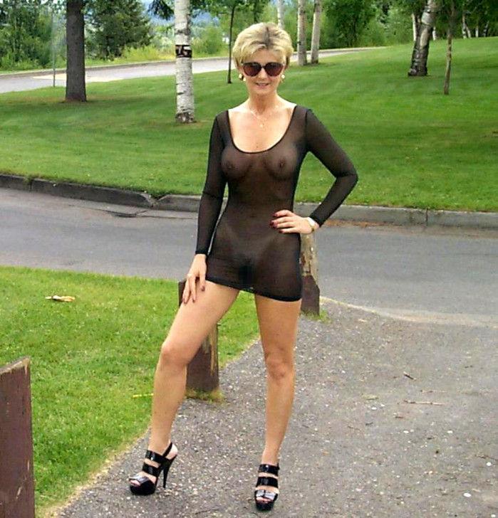 がいこくじんエロ画像wノーブラでスケスケドレスまとうSSS級美女がエロすぎるぞ~~~~ 19 33