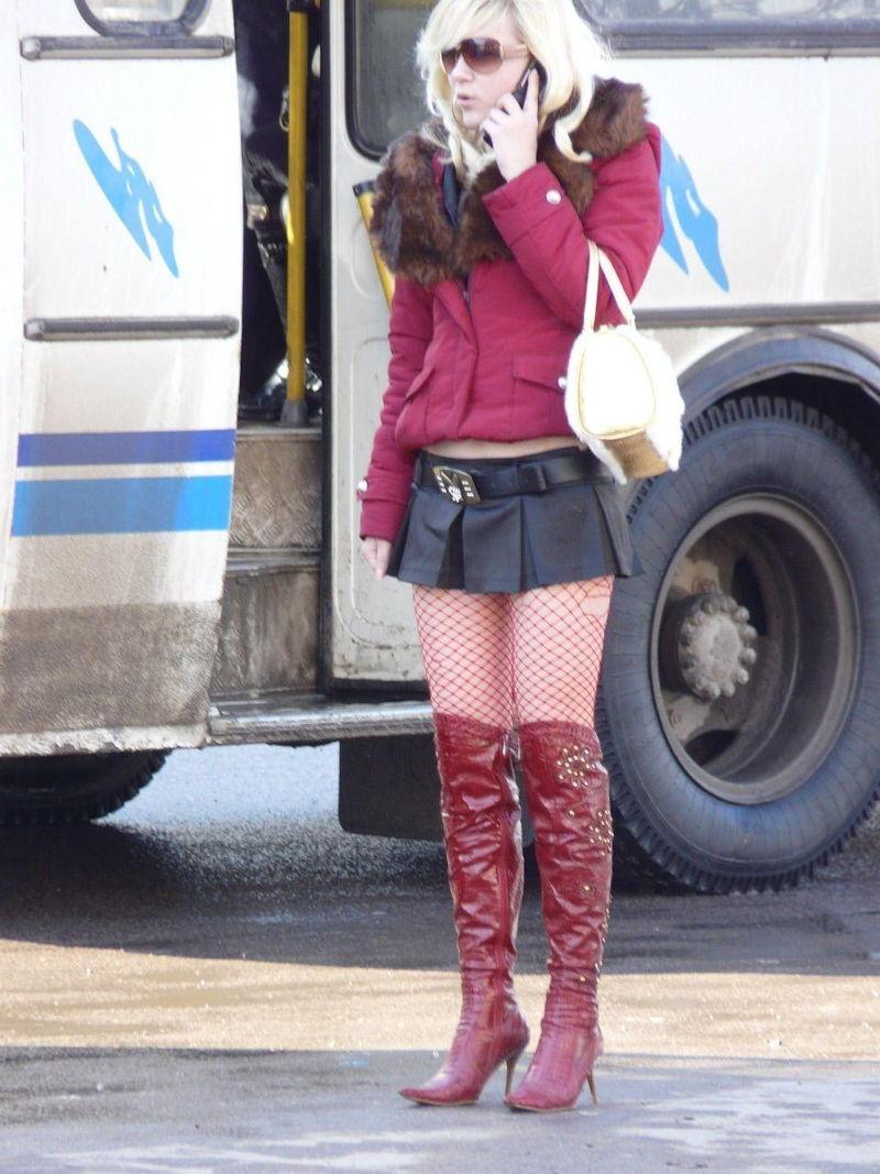 これが世界の売春だ!!立ちんぼが車の男に声をかけて体を売るワンシーンぽるのエロ画像www 21 17