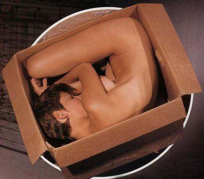 カワイ子ちゃんが箱に入って撮影しちゃうポルノ!猫みたいでかわいがりたねwwwwwww 10 95