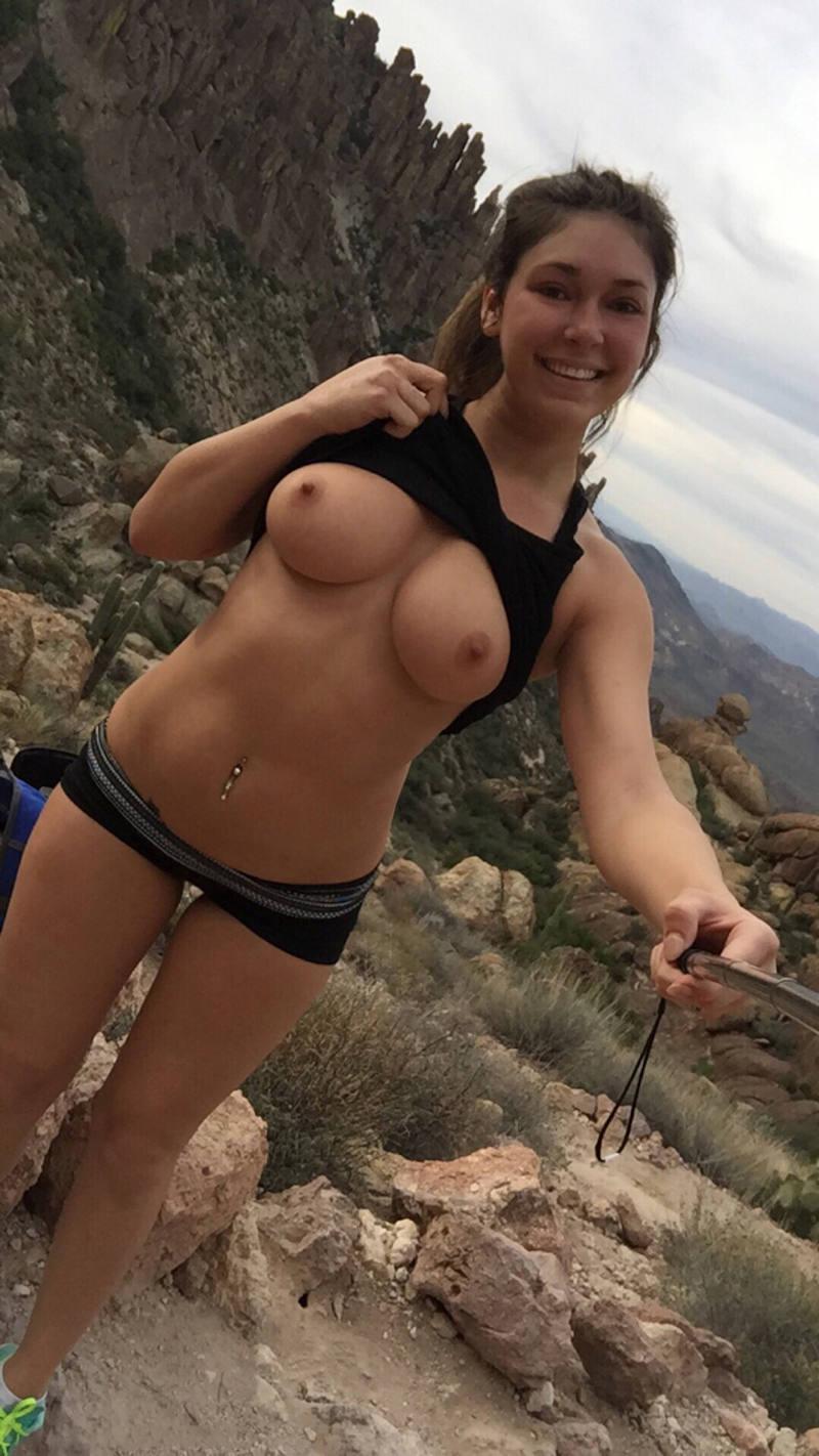ポルノエロ画像w乳首見せちゃうw素人美女外国人のエロ画像w 15 149