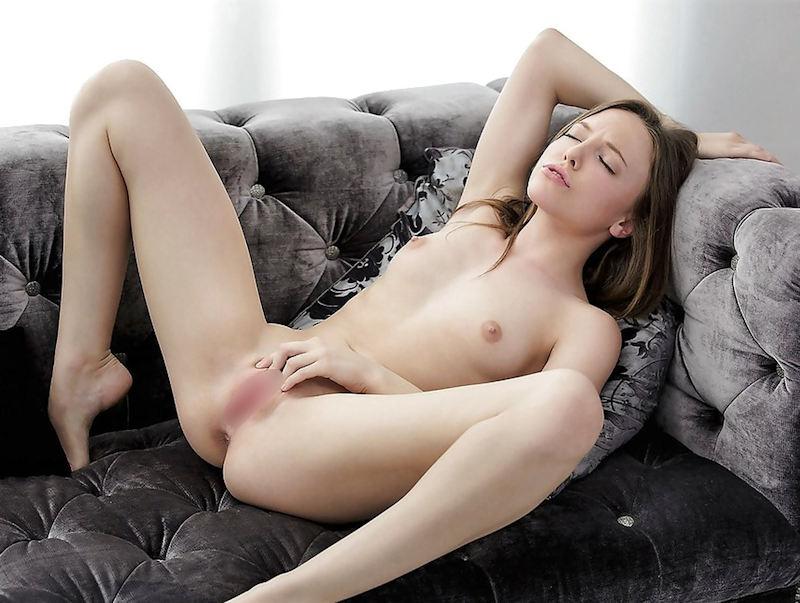外国人エロ画像!!貧乳ちっぱい美少女がオナニー感じまくりポルノwwwww 22 5