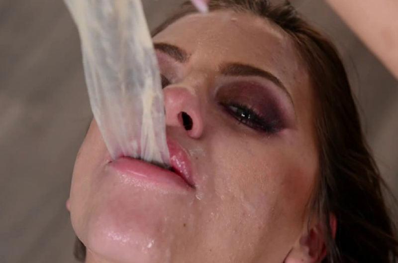 外人エロ画像w素人美少女がセックス後にコンドームでおふざけしちゃうポルノwwwwwwwww 25 57