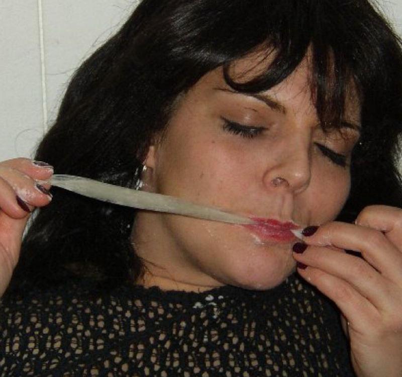 外人エロ画像w素人美少女がセックス後にコンドームでおふざけしちゃうポルノwwwwwwwww 30 63