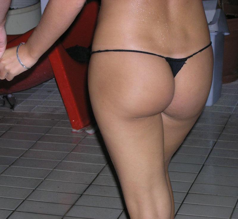 外人エロ画像w水着がほぼオマンコアナル肛門見えそうな素人美少女ポルノwwwwwwwwww 46 50