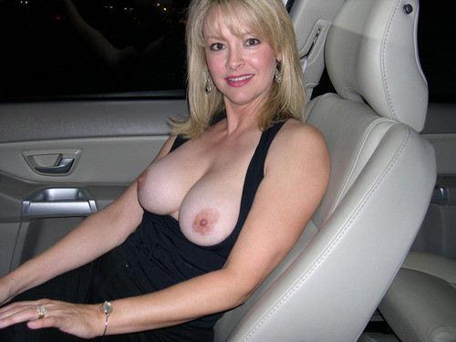 外国人エロ画像w車の中でデカパイ巨乳見せつけちゃう素人美女ぽるの写真集だぞ~~~~~ 46 76