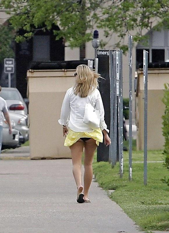 ガイジンエロ画像wパンティー●見せ素人美女を盗撮エロすぎる外人ポルノwwwwwwww 47