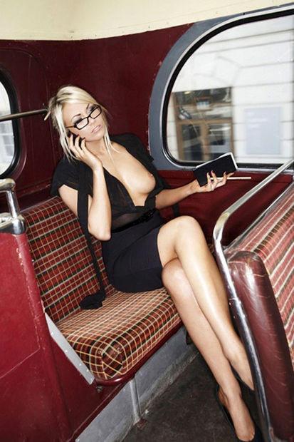 超ヤバすぎるwwwバスの中でとってもいやらしこと楽しんじゃう素人美女外国ポルノエロ画像wwwwww 48 107