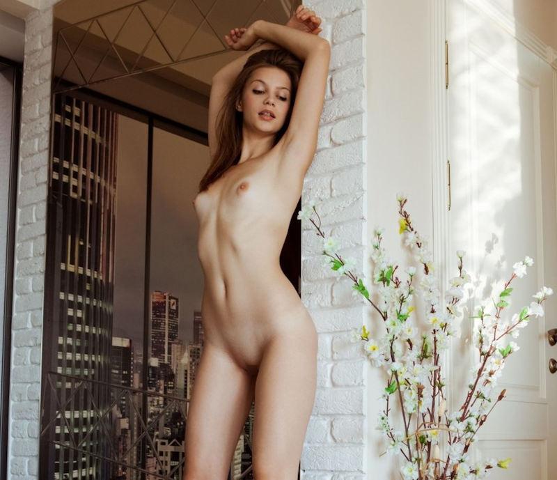 外国人エロ画像w幼顔童顔貧乳ちっぱい美少女のヌード見せちゃうポルノwwwwwwwww 49 14