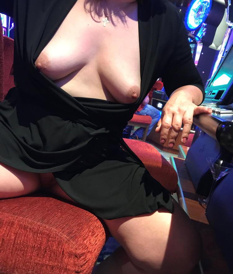 外国人のド派手すぎる露出狂ポルノエロ画像wwww 52 91
