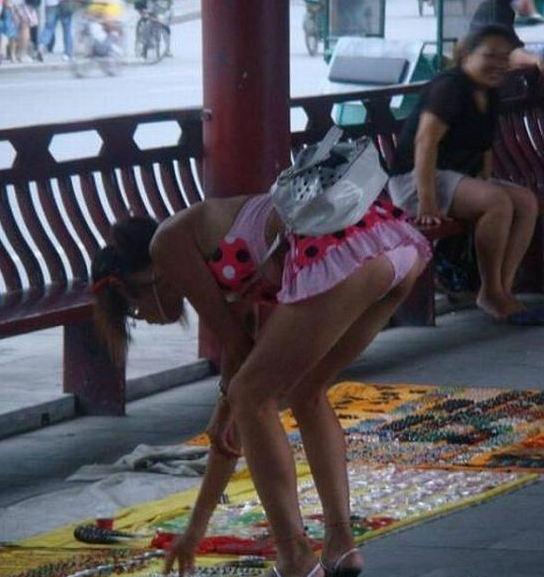 外国人エロ画像wこれヤバすぎるwwwミニスカートからはみけつ見せちゃうポルノwwwwwww 53 2