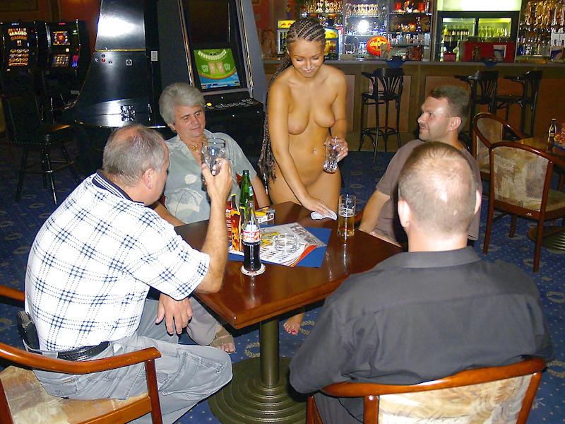 外国人のド派手すぎる露出狂ポルノエロ画像wwww 55 79