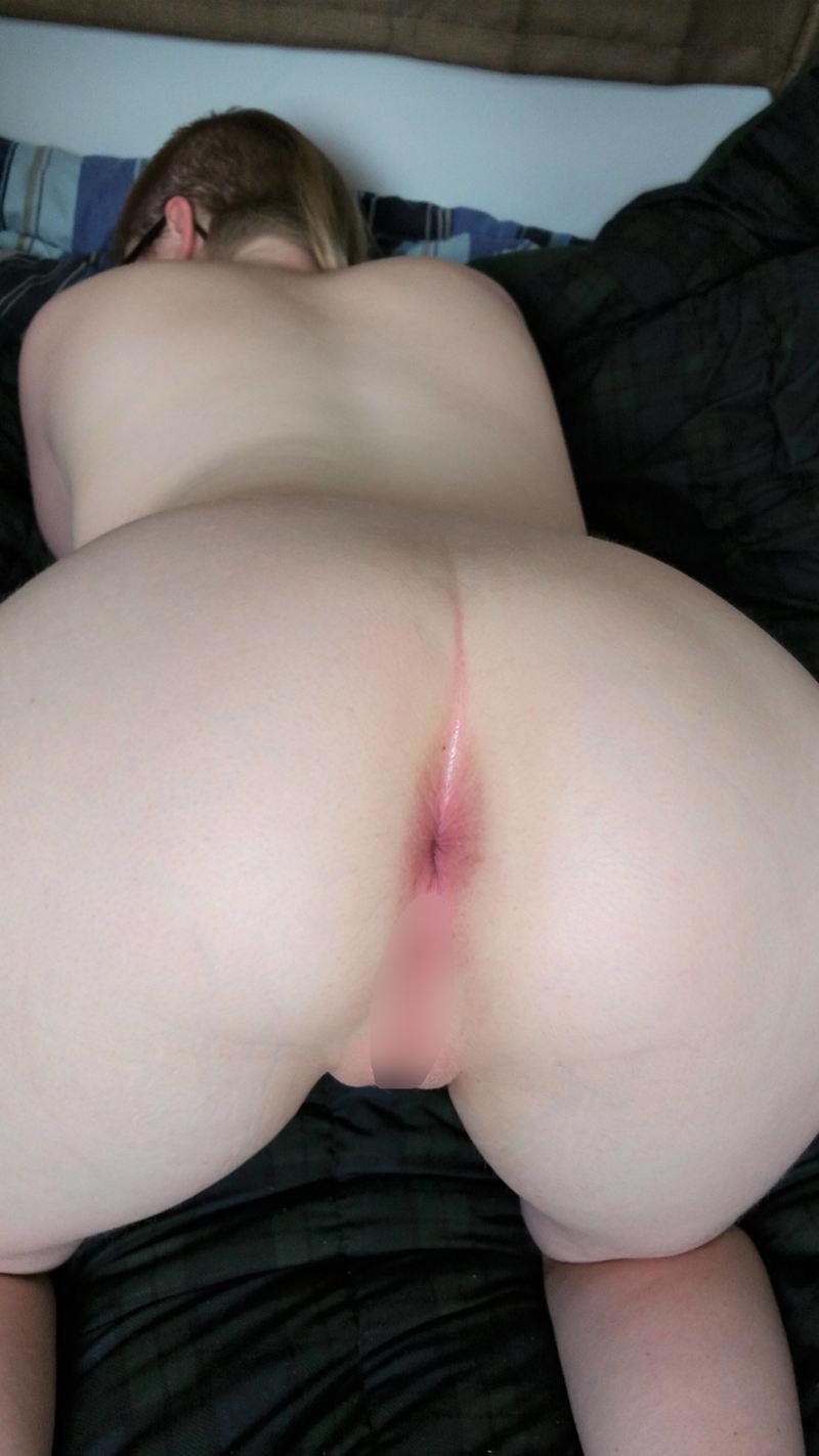 外人エロ画像w肛門マニアにはたまらん♡アナルドアップで写真撮っちゃう素人外国人ポルノwwwww 56 35
