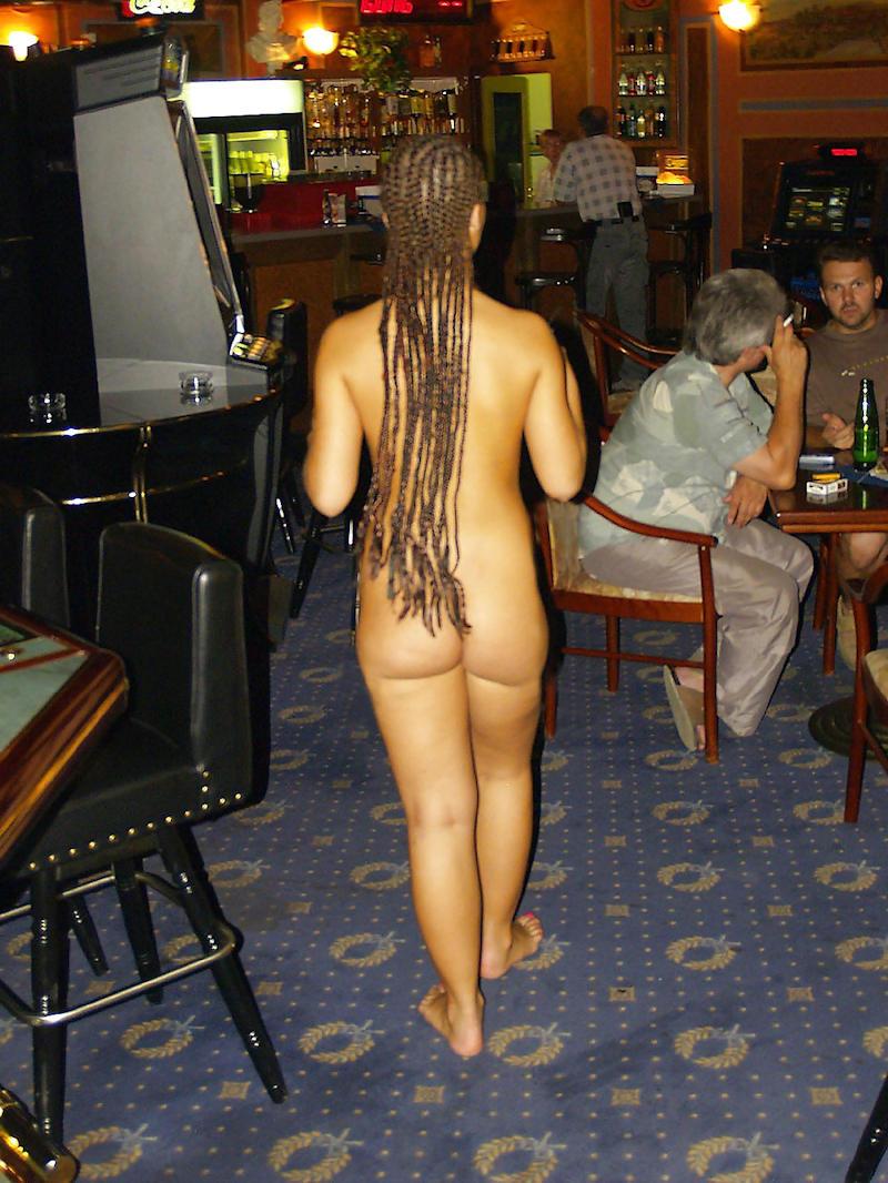 外国人のド派手すぎる露出狂ポルノエロ画像wwww 62 57