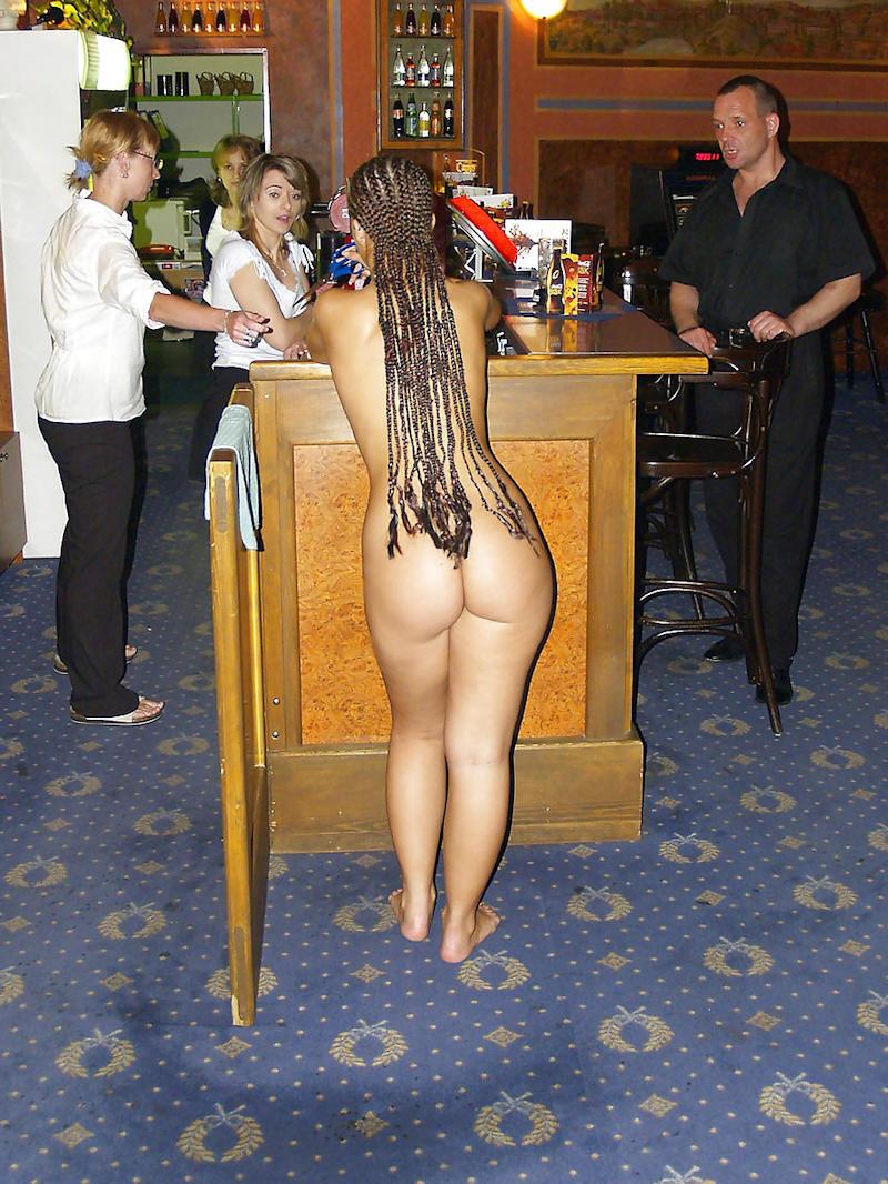 外国人のド派手すぎる露出狂ポルノエロ画像wwww 66 46