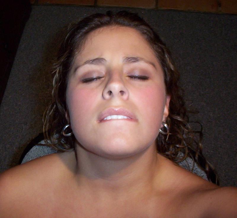 外国人エロ画像wマジイキwオーガニズムしちゃう素人美女が勃起回避不能wwwwwww 66 52