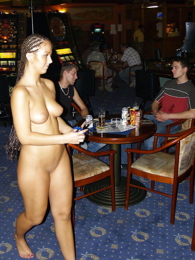 外国人のド派手すぎる露出狂ポルノエロ画像wwww 67 42