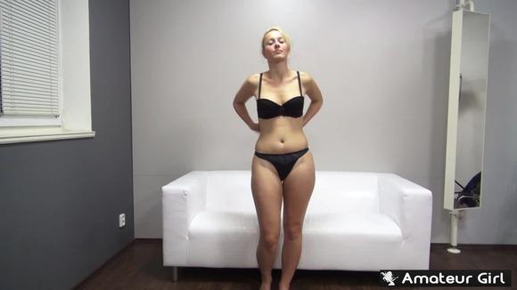 綺麗目外国人エロ画像w美女のオッパイがでかすぎてヤバい件!!!!! 10 53