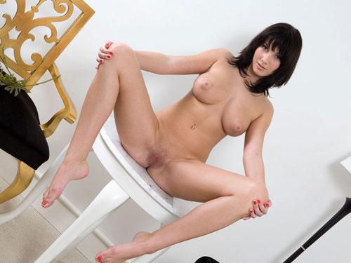 ポルノエロ画像!外国人の綺麗系ヌードをたくさん見つけたぞ~~~~ 11 33