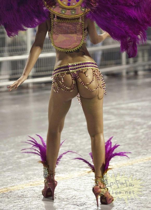 ブラジルエロ画像!リオのカーニバルで巨尻フリフリしちゃうポルノエロ画像wwww 13 50