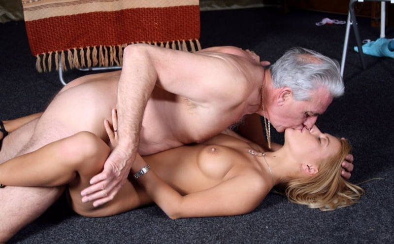 ハメ撮りかましちゃうw本気のセックスする外国人エロ画像wwwwwwwwww 21 20