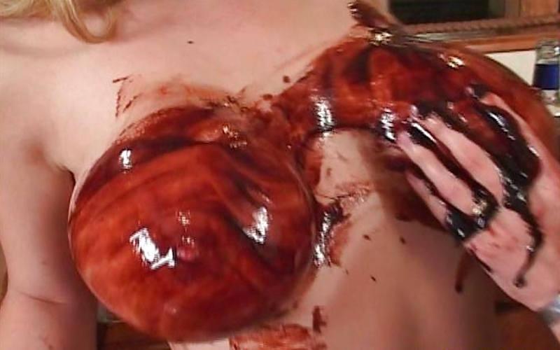 外人エロ画像!チョコレートでおふざけしちゃうポルノwwwwwww 22 28