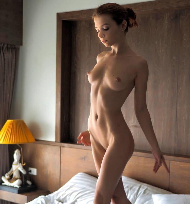 乳首丸出しw外国人がエロしこなヌード見せちゃうポルノエロ画像!!!!!!! 26 20