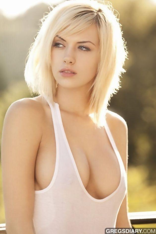 外人エロ画像!綺麗目おっぱい丸出しw美女をネットで集めてみたwwwwwwww 29 36