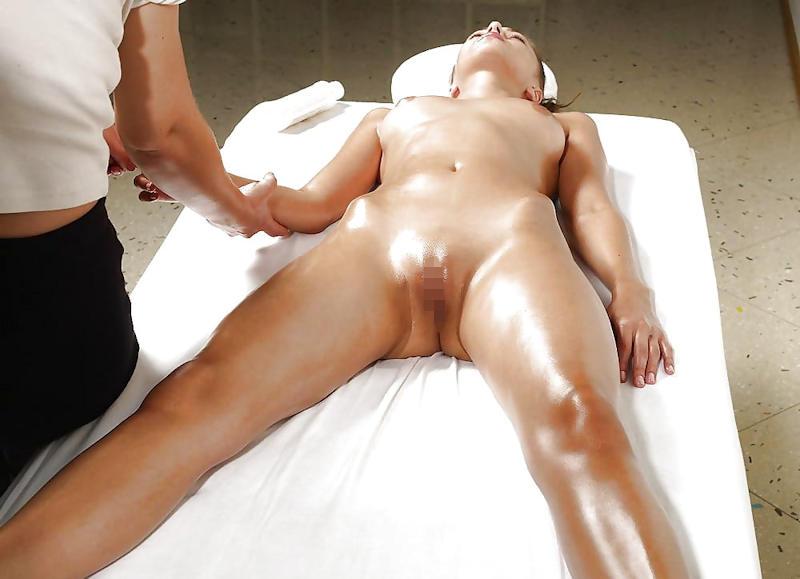 外国人エロ画像w全裸ヌードでえろマッサージwカメラ仕込んで盗撮したったwwwwww 35 15