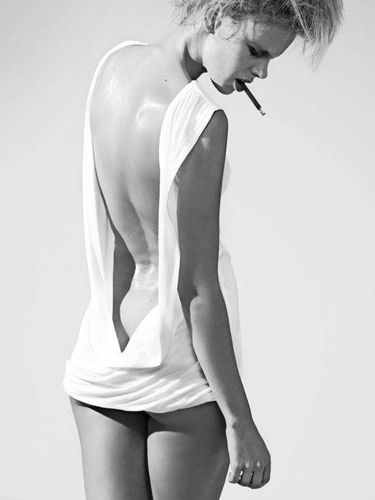 オランダ人 ドリス・モウスwエロ画像!世界の美少女がヌード見せちゃうポルノエロスwwwwwww 6 87