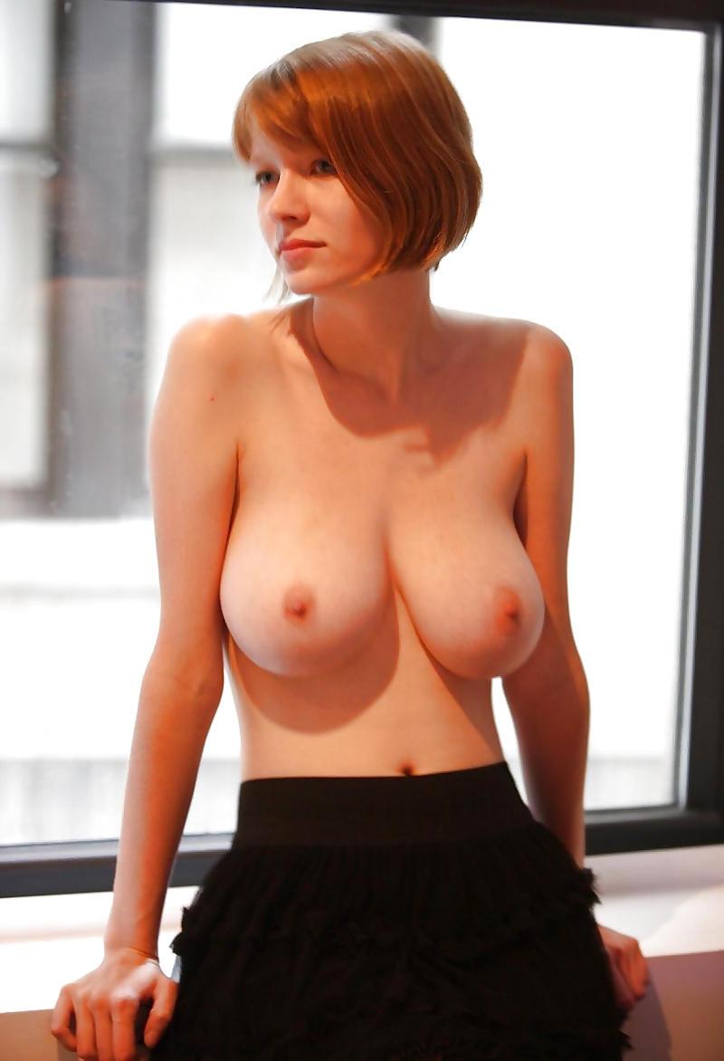 外人エロ画像!おっぱい綺麗目美乳素人美女がエロすぎる乳首見せちゃうwwwwww 60 8
