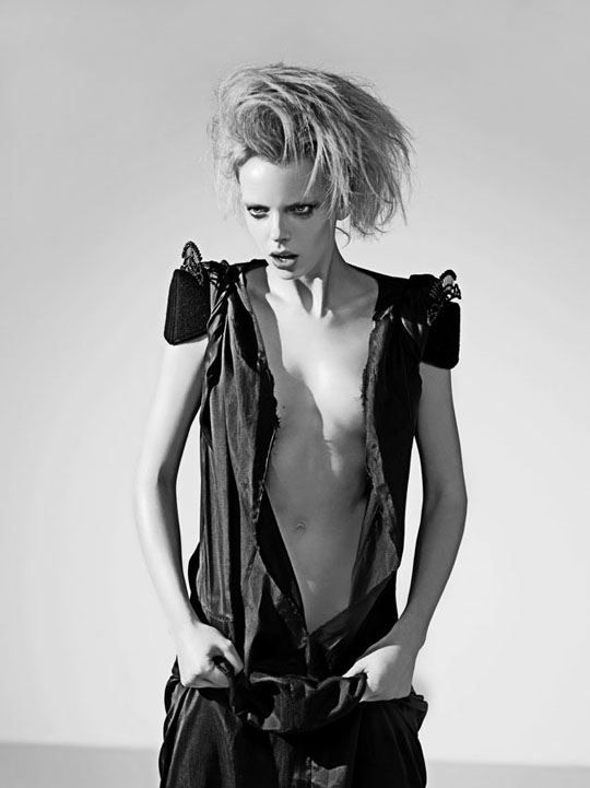 オランダ人 ドリス・モウスwエロ画像!世界の美少女がヌード見せちゃうポルノエロスwwwwwww 7 87
