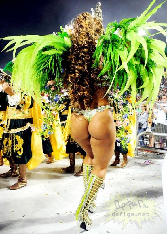 ブラジルエロ画像!リオのカーニバルで巨尻フリフリしちゃうポルノエロ画像wwww 9 48