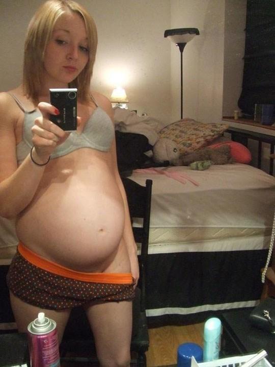 速報ーーー❖マニア必見!マタニティヌードを自撮りする女性の写真をネットで発見!! 10 19