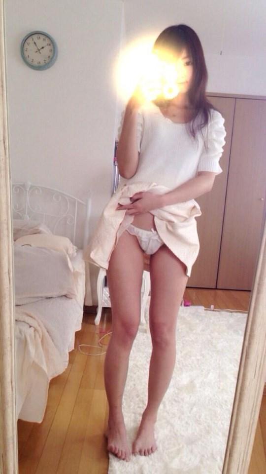アジアの貧乳ちっぱい美少女が全裸ヌード見せちゃうポルノエロ画像ww 45 6