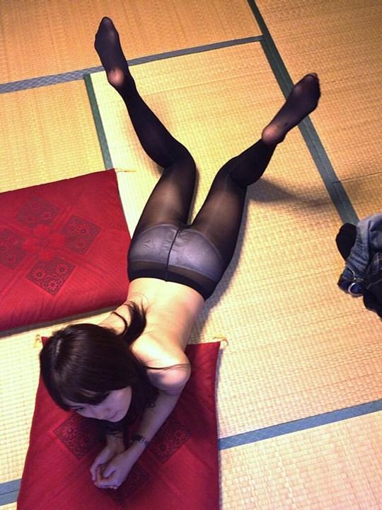 アジアの貧乳ちっぱい美少女が全裸ヌード見せちゃうポルノエロ画像ww 68