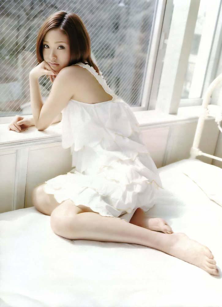 ※人妻になってもなかわいい上戸彩のデカパイエロ画像!!!!!!!!! 1 216