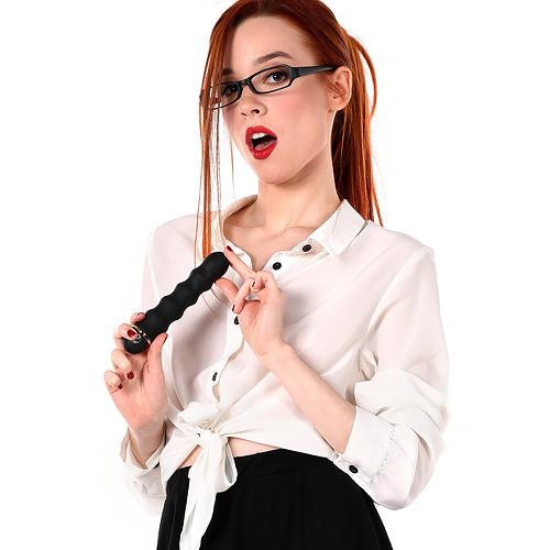 ♦ーーー※眼鏡が似合うスレンダー外国人がコスプレ姿でオマンコ●見せしちゃうエロ画像www 1 454