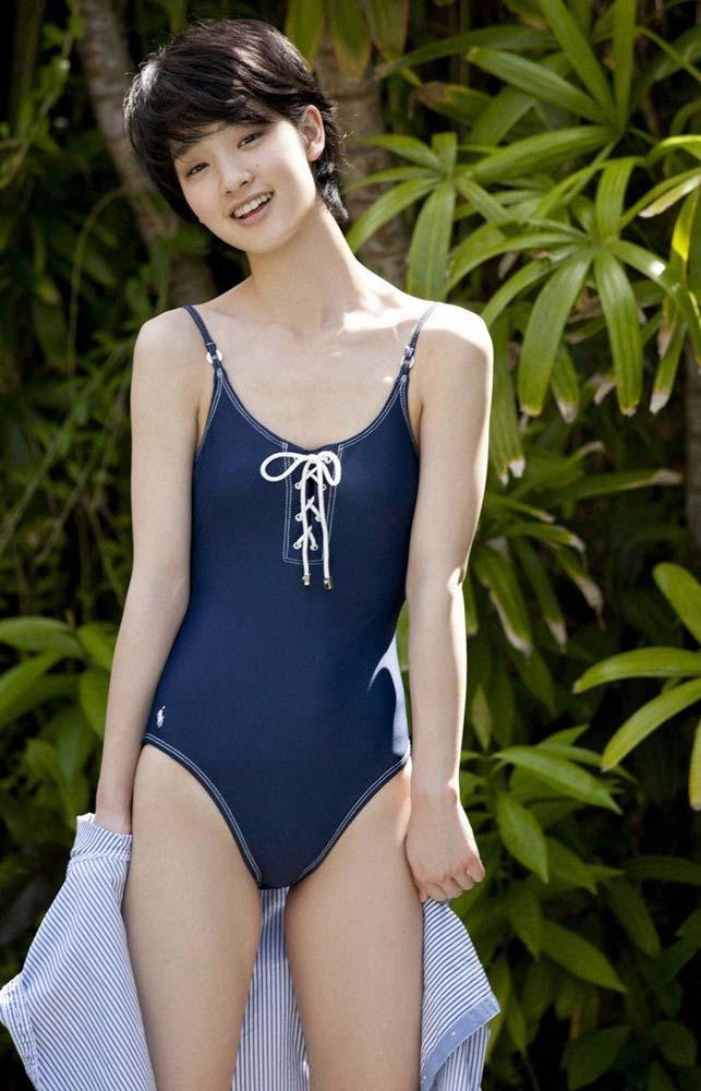 ※話題の人登場wwwww剛力彩芽の超貴重な水着姿見つけたから見てくれwwwwwwww 10 178