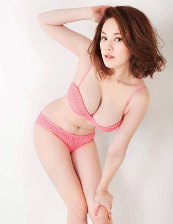 ※筧美和子の超貴重なエロ画像見つけたから見てくれwwwwwwwww 12 131