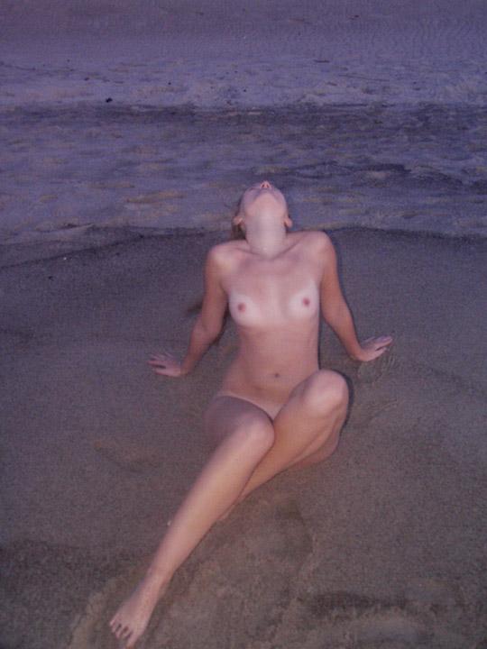 ♦外国人エロ画像!!クロエのエロすぎる全裸ヌードwwwwwww 12 157