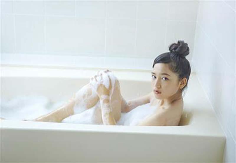 ※お宝画像発見!!削除注意!!!!川口春奈の入浴シーンが見れちゃうぞ!!!!!!!! 13 171