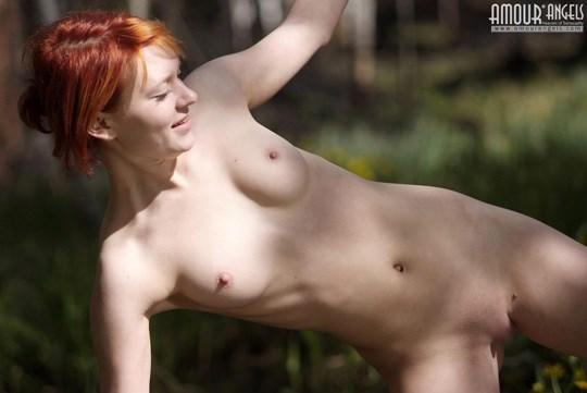 妖精発見??森林で全裸ヌードになっちゃう外国人が可愛すぎるぞ!!!!!!!! 13 303