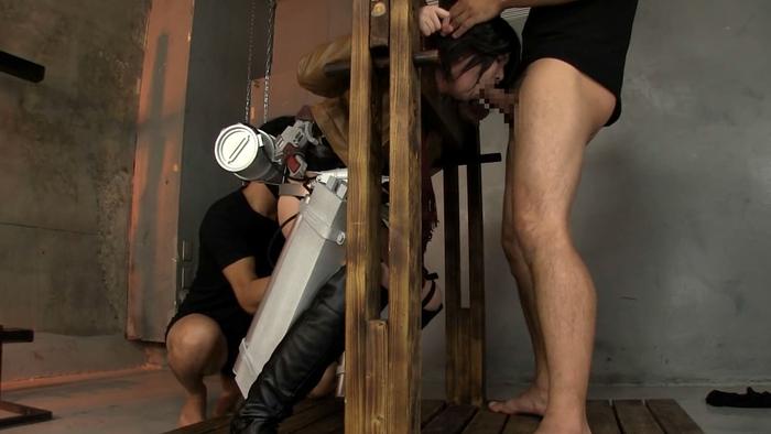 ※アナルセックス調教!!進撃の巨人のミカサアッカーマンコスプレ姿で二穴同時セックスのエロ画像wwwwwwwwww 17 136